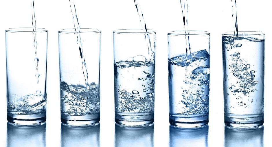 Pijte manje alkohola, a više vode