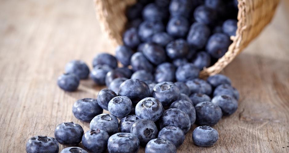 10181807 - fresh blueberries
