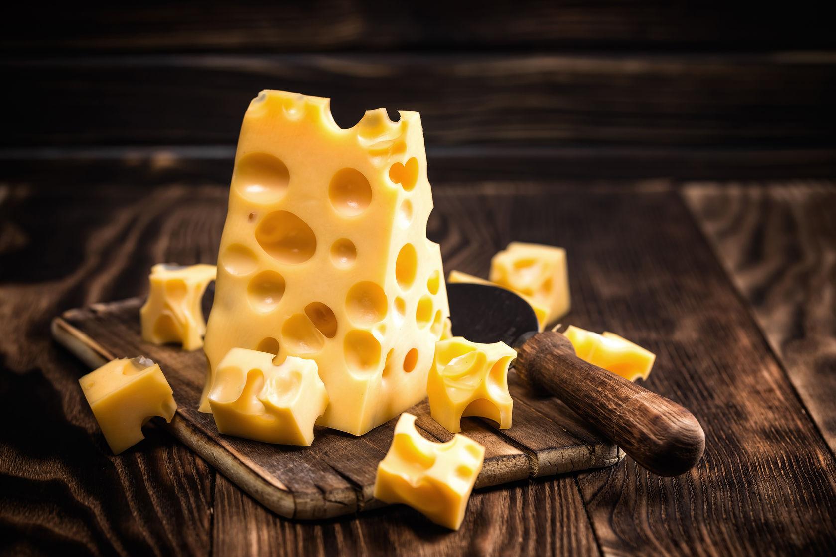 54496165 - cheese
